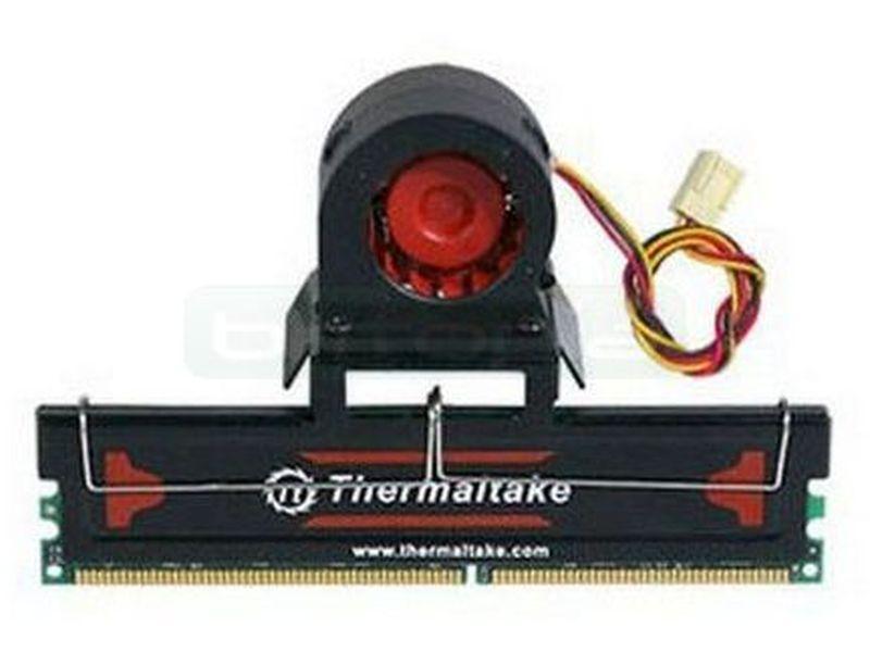 Thermaltake Hyper. Kit de refrigeracion de memoria Activo - Disipador de aluminio con ventilador para refrigeración extrema de memorias. Incluye ventilador de 40 mm.