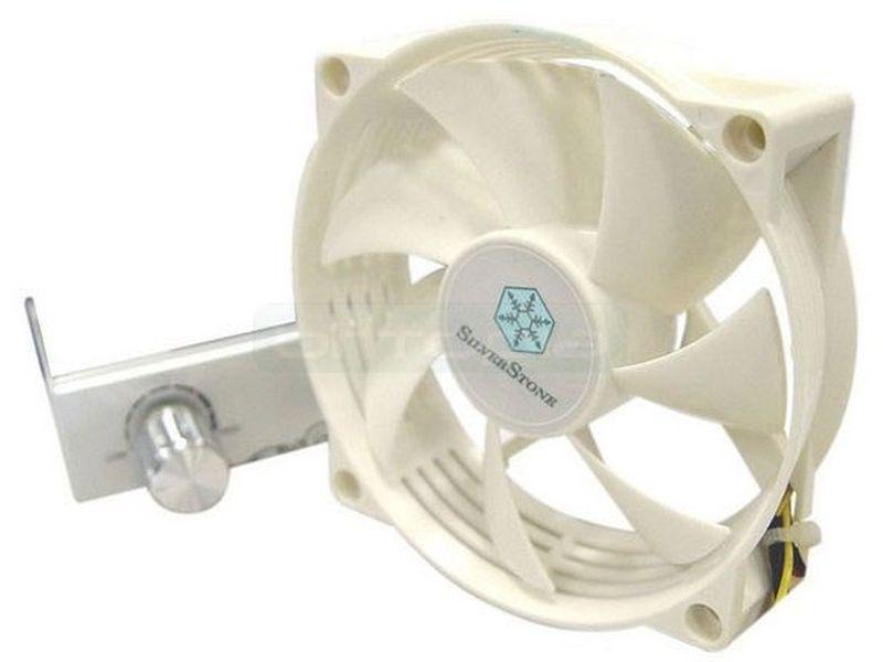 SilverStone FM82 80x80 con regulador - Ventilador 8 cm, 1800-3800 RPM, 17 - 40.4dBA, Max. 72.48CFM, Con regulador