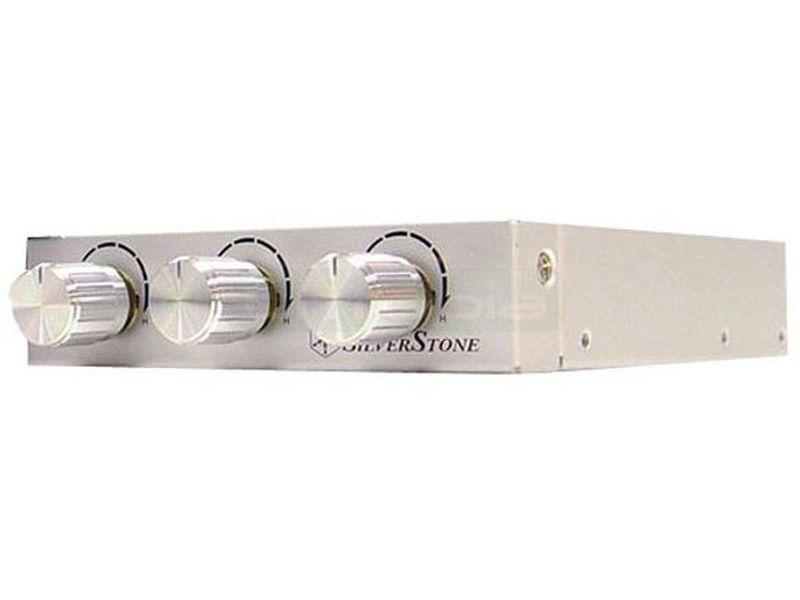 """SilverStone FP33S Silver. Frontal Regulador de ventiladores - Regulador en color plata, con acabado de alta calidad, que le proporcionará una mejor experiencia y control sobre sus ventiladores. Diseñado para ajustarse a una bahía de 3.5"""" o en un slot de expansión."""