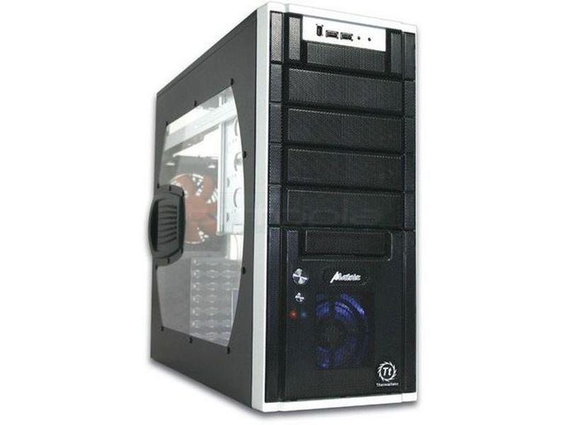 Thermaltake Matrix VX Negra con ventana - Caja en formato semi torre de color negro con ventana, compatible con placas ATX/Micro-ATX. Fabricada en delgado aluminio con los laterales en color negro.