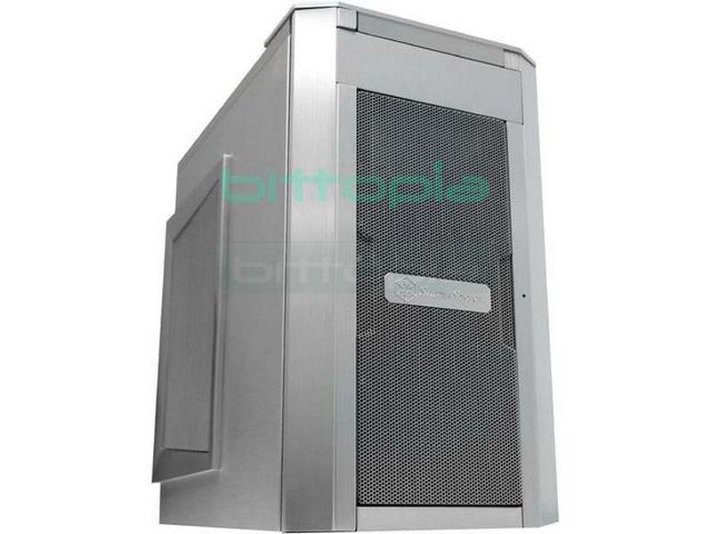 Silverstone SG03S Plata (Micro-ATX) - Caja en formato mini torre de color plata compatible con placas Micro ATX. Sus dimensiones se han buscado para poder emplearla en todo tipo de entornos, su poca profundidad proporciona una excelente ventaja a la hora de refrigerar con la ayuda de los dos ventiladores de 12cm.