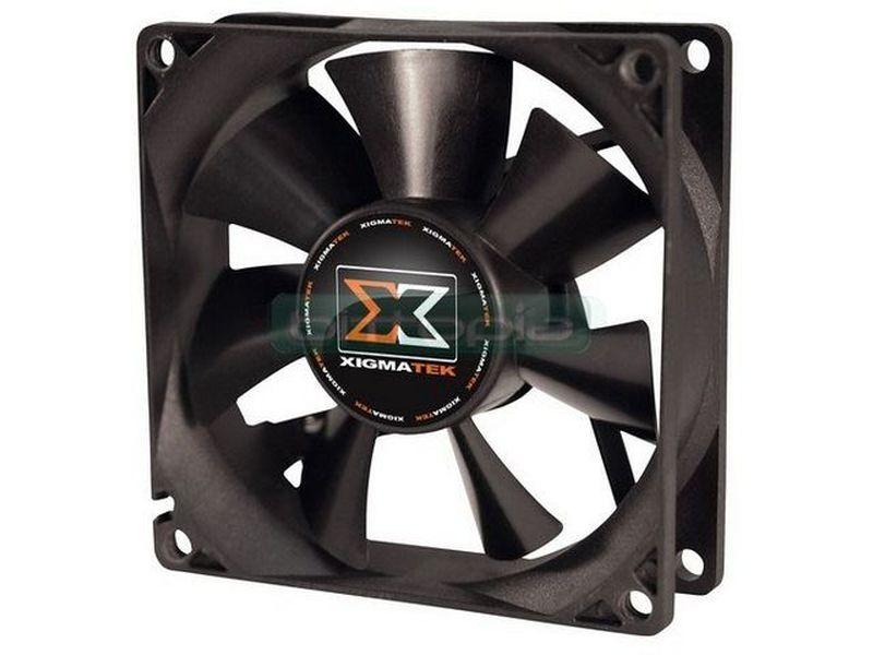 Xigmatek XSF-F8251, ventilador 80mm - Alto caudal a un nivel sonoro bajo.  Se han optimizado la posición de las palas para conseguir mayor presión del aire al tiempo que se mejora la reducción del ruido.