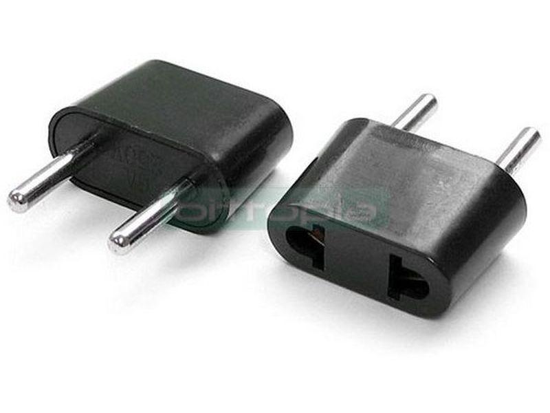 OEM Adaptador de enchufe plano a redondo - Permite la conexión de enchufes planos (Americano) al estándar español.