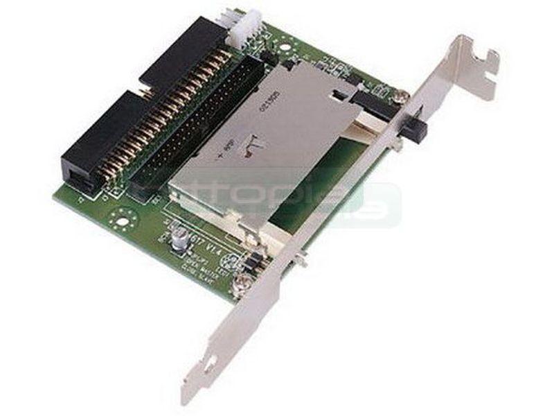 Lector CF desde IDE para cajas Travla - Al conectarlo en una controladora IDE, permite arrancar la CF que le insertes, como si de un disco duro se tratara. Diseñada para las cajas Travla. Se alimenta con un conector molex de Floppy de 4 pin. Incluye chapa para dar la posibilidad de instalar en Slot trasero en cualquier caja (aunque no sea de Travla)