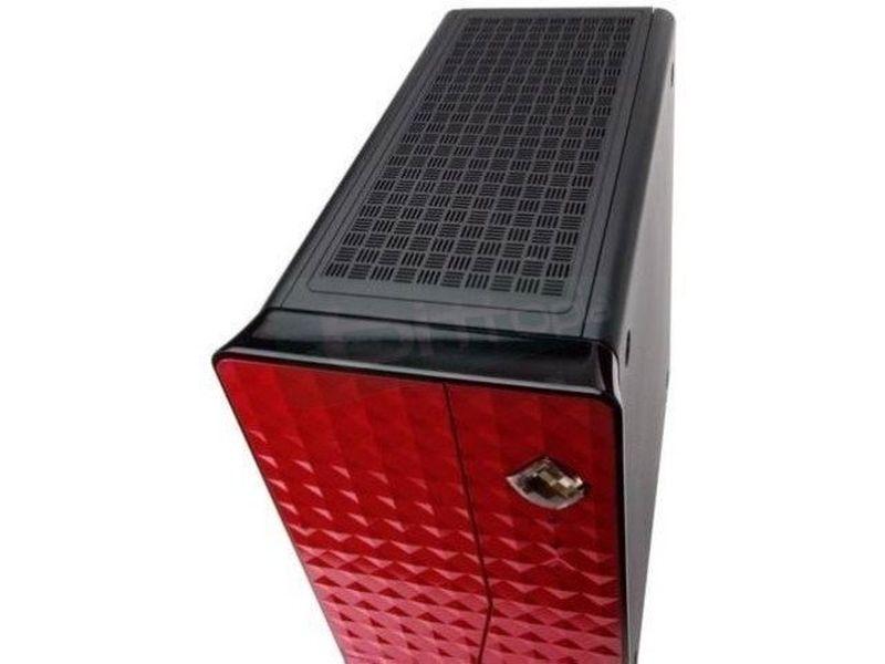 Inwin Diva Fucsia Red 160W - Caja Slim Mini-ITX con frontal de color fucsia y cristales Swarovski. Fuente 160W. 1 Bahía externa 5.25
