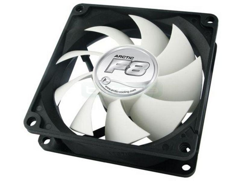 Arctic Cooling F8 80x80x25 ventilador 8cm - Ventilador de 80mm con el marco negro y las aspas en color blanco.
