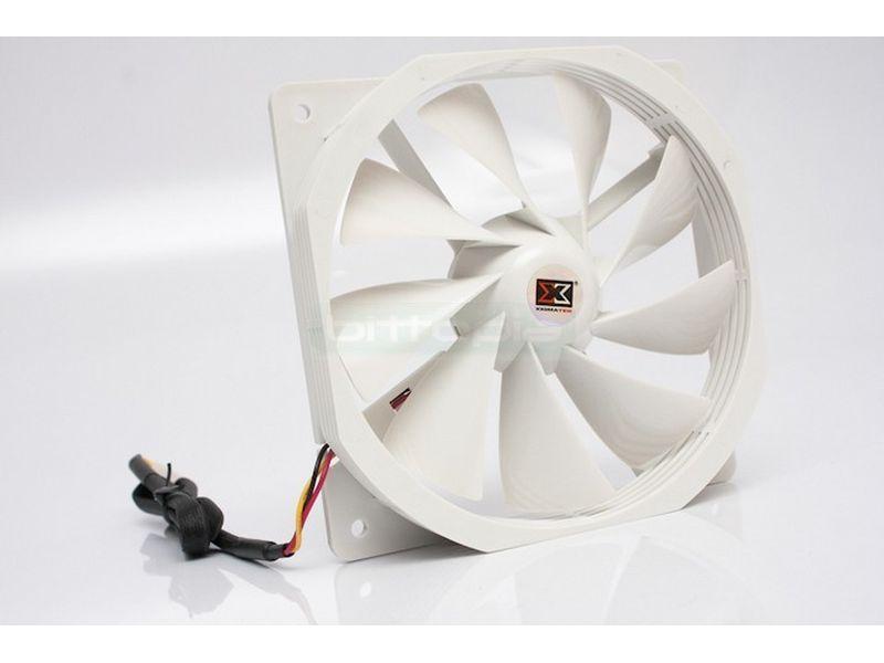 Xigmatek 120x120x25 14dBa Silencioso - Alto caudal a un nivel sonoro bajo. Especial diseño del motor, marco y mayor numero de palas, nueve, para generar más flujo de aire.
