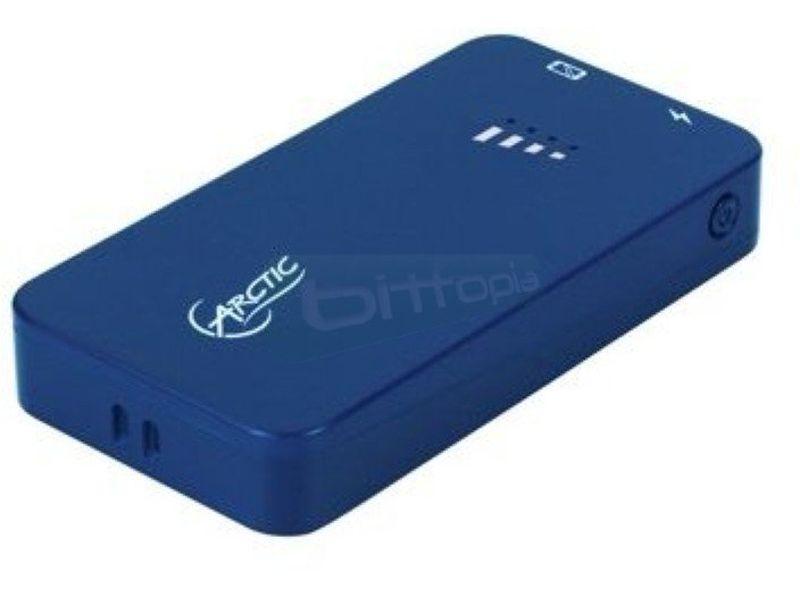 Arctic Power Bank 2000 Azul - Cargador para dispositivos con conexión Micro-USB. Fabricado en plástico de color azul.Batería 2000mAh.